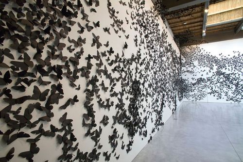 Plentyofcolour_blackmoths4