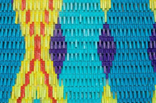 Plentyofcolour_pegs3