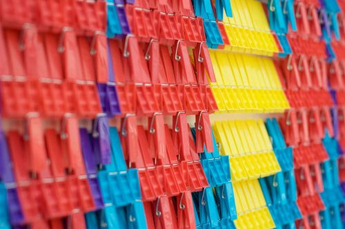 Plentyofcolour_pegs4
